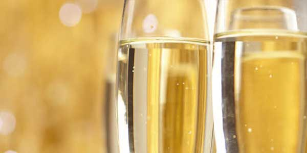 Champagne & Prosecco at the Pack Horse in Bury